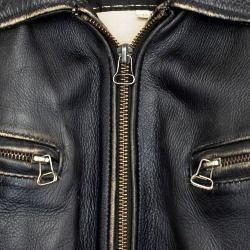 305874bb62b9 Jak může почистить кожаную куртку