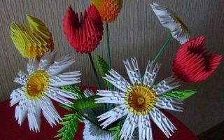 Como fazer flores de origami de papel