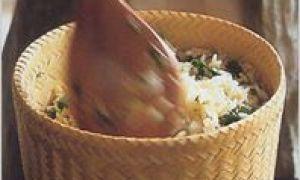 Orez prăjit cu verdețuri