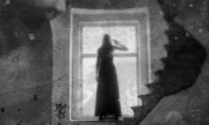 8 dziwnych znaków, że w twoim domu jest duch