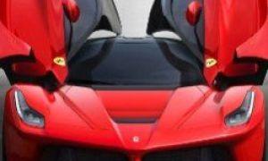 Super-dyre superbiler fra Lamborghini og Ferrari på Geneva Motor Show